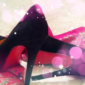 Louboutin Black Suede Pumps Sz 7 Stiletto Heels